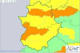 Los avisos por calor se instalan en toda Extremadura con máximas de 40 grados el lunes