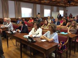 """PP del Senado mantendrá un tono """"constructivo"""" en la comisión de investigación de partidos pese a la dureza de Maillo"""