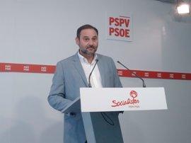 El PSOE se inclina por la abstención en la moción de censura porque censura al PP pero no apoya a Iglesias