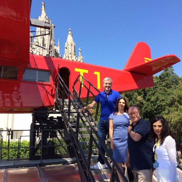 Reapertura del avión del Tibidabo con el concejal Jaume Collboni
