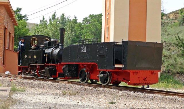 La locomotora de vapor número 31 ha sido restaurada en el taller de empleo.