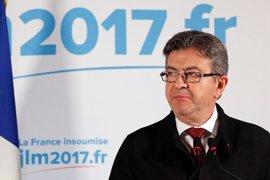 """Mélenchon cree que la abstención hace que Macron """"no tenga la mayoría para destruir el Código de Trabajo"""""""