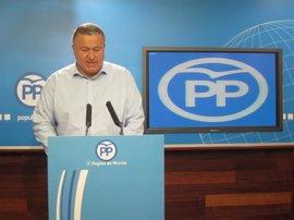 """El PP regional es una """"roca"""" en torno a Pedro Antonio Sánchez y no tiene 'plan b' si le abren juicio oral"""