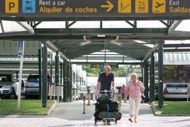 El número de pasajeros en el Aeropuerto de Ibiza crece un 13,5% en 2017, con casi 1,8 millones de usuarios