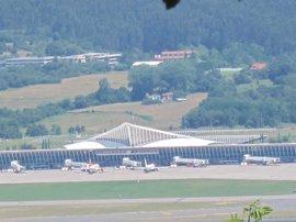 El tráfico de pasajeros en el Aeropuerto de Bilbao crece un 11,2% anual en mayo, hasta los 453.216 viajeros