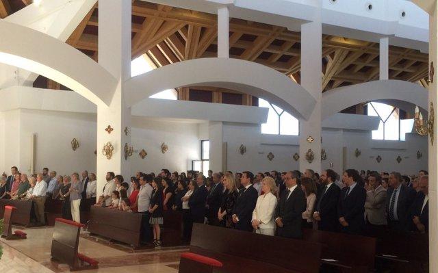 Cifuentes en el entierro de Ignacio Echeverría