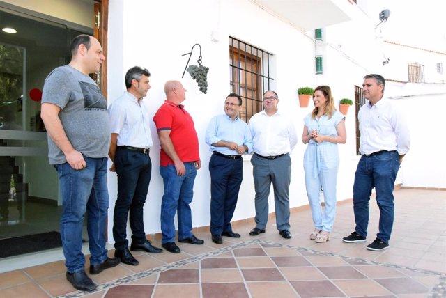 Heredia con alcalde de Iznate Málaga Gregorio Campos