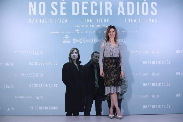 Photocall con el equipo de No sé decir adiós con la actriz Nathalie Poza