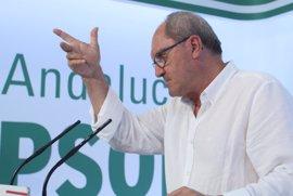 PSOE-A insiste en que apoyará el equipo que conforme Pedro Sánchez