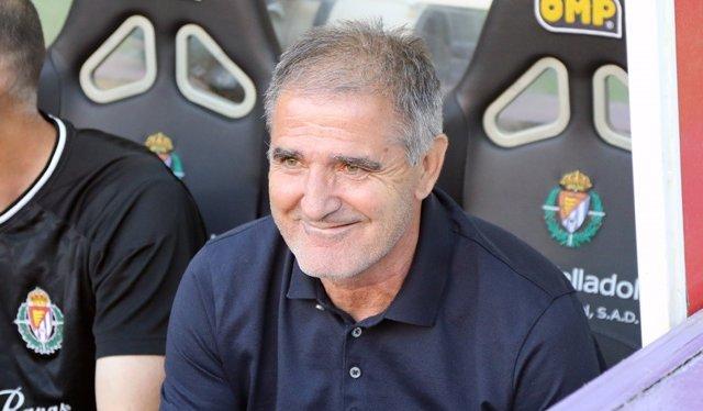Paco Herrera abandona el Real Valladolid