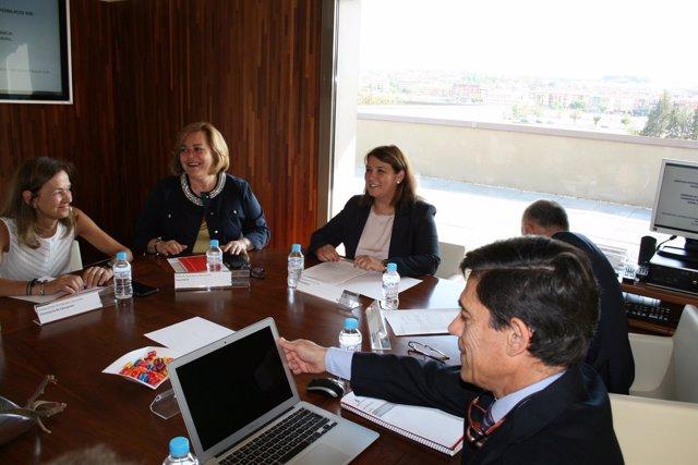 Consejera de Fomento, Agustina García Élez