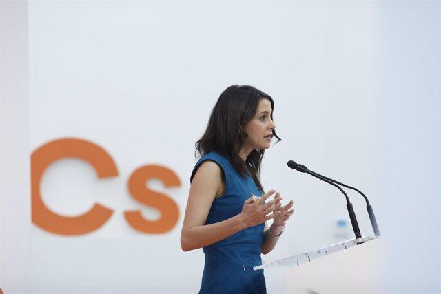Arrimadas Ofrece Una Rueda De Prensa Tras La Reunión De La Ejecutiva Nacional