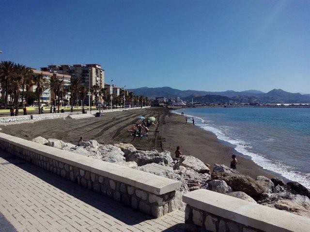 Playa Málaga trasvase san andrés turismo arena mejora bañistas capital