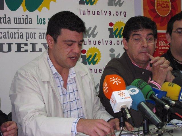 El Candidato De IULV-CA, Javier Valderas, En Una Rueda De Prensa.