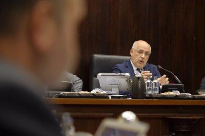 """Morales considera """"histórico"""" que Canarias no pague 'impuesto al sol' en todas sus instalaciones de antes de 2023"""