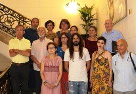 """La plataforma Balears Acollim aborda con los grupos parlamentarios la """"grave situación humanitaria"""" de los refugiados"""