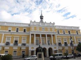 El Ayuntamiento de Badajoz dejó de ingresar casi 4,4 millones por deudas prescritas o que se cobraron sin recargo