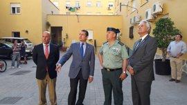 Sanz anuncia la llegada a La Línea esta semana de grupos especiales de Policía Nacional y Guardia Civil