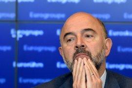 Moscovici dice que Francia debe situar su déficir presupuestario por debajo del techo del 3% fijado por la UE
