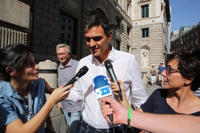 Pedro Sánchez vuelve al Congreso por primera vez desde que renunció al escaño
