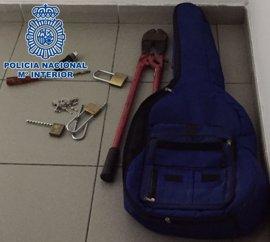 Detienen a un hombre y una mujer por un robo con fuerza en Las Palmas de Gran Canaria
