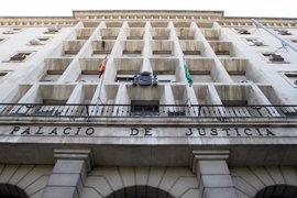 El jurado declara culpable al acusado de estrangular a su mujer en el parking del aeropuerto de Sevilla