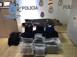 A prisión tres detenidos de una red que transformaba vehículos para ocultar droga en Algeciras