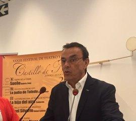 """Caraballo (PSOE) está """"deshojando la margarita"""" y espera en 10 días aclarar si se presenta a la reelección en Huelva"""