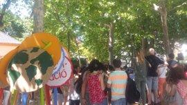 """Niños de Barcelona defienden el medio ambiente y avisan a Trump: """"¡Primero el planeta!"""""""
