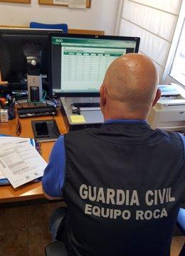 La Guardia Civil Detiene A Dos Personas Por Estafar A Un Agricultor De Santomera