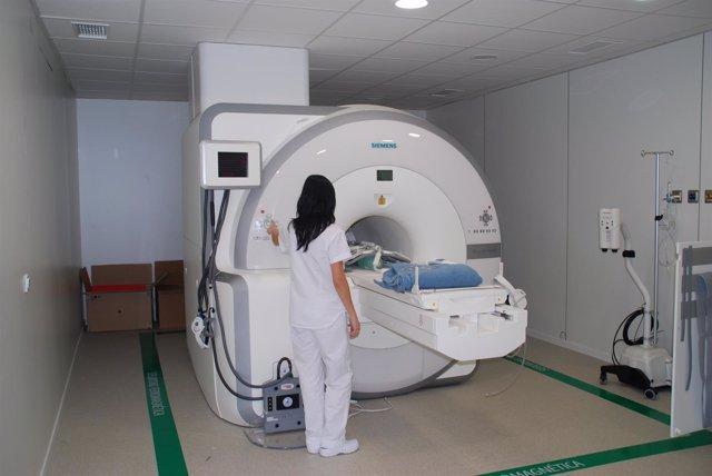 PET-RM con radiofármaco para detectar recaídas en cáncer de próstata