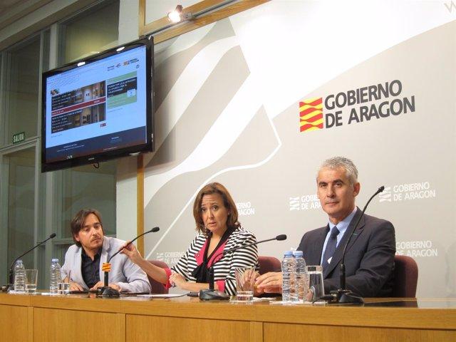Escuín, Pérez y Sánchez han presentado la web de Aragón es Cultura