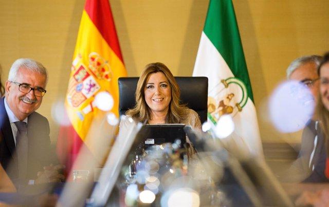 Manuel Jiménez Barrios y Susana Díaz, en la reunión del Consejo de Gobierno