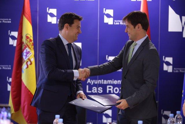 Nota: El Alcalde De Las Rozas Y El Portavoz De Upyd Acuerdan Invertir Casi 23 Mi