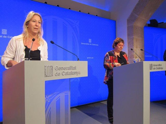 La portavoz N.Munté y la consellera D.Bassa