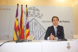 Hila exige al PP que expulse a Álvaro Gijón del Ayuntamiento