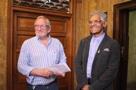 El escritor cubano Joel Francisco Rosell recoge en Soria el premio Avelino Hernández dotado de 6.000 euros