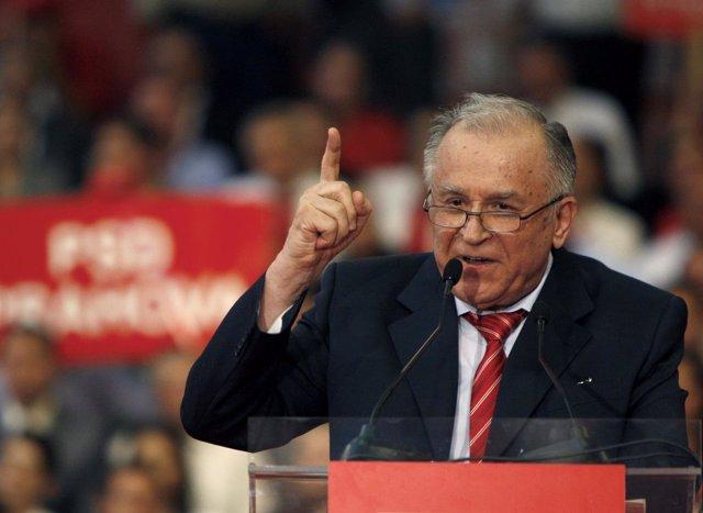 El ex presidente rumano Ion Iliescu