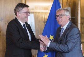 """Puig dice que su reunión con Juncker sirve para """"situar a la Comunitat en el mapa"""" y éste se compromete con el Corredor"""