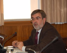 El expresidente balear Francesc Antich, atendido en el Senado por un dolor torácico