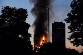 """Atendidas varias personas por """"distintos tipos de heridas"""" por el incendio en un bloque residencial en Londres"""