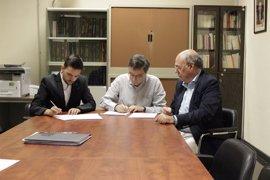 La APDM firma un convenio con la Asociación de Estudiantes de Periodismo de la Universidad Complutense