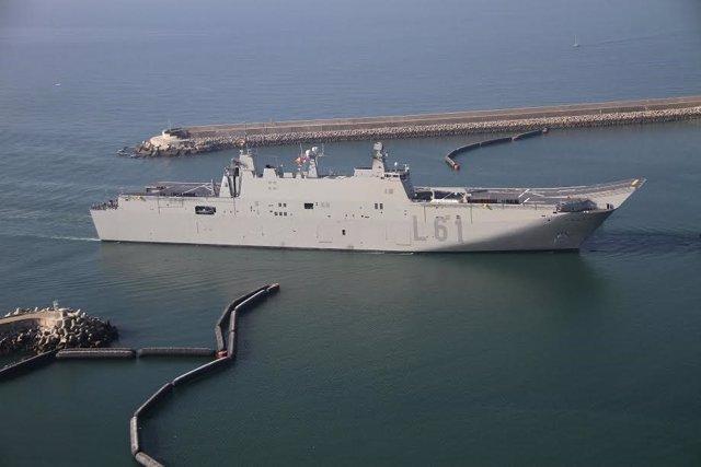 El buque anfibio portanaves 'Juan Carlos I'