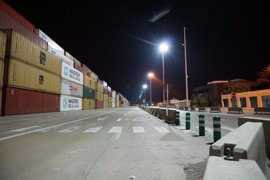 Un 100% de los estibadores secunda la huelga de 48 horas en el Puerto de València