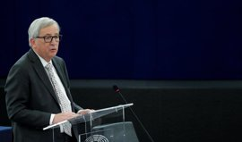 "Juncker dice que incumplir París supondrá ""empujar al exilio a 250 millones de refugiados climáticos"""