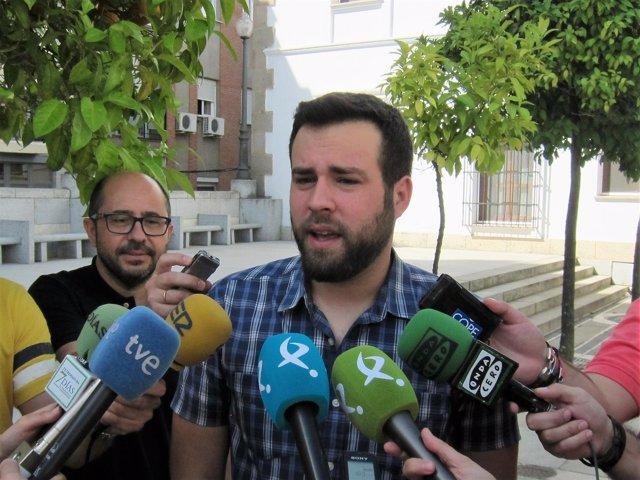 El diputado de Podemos Extremadura Daniel Hierro
