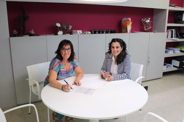 Firma de un convenio entre el INDJ y la Asociación Tierras de Iranzu