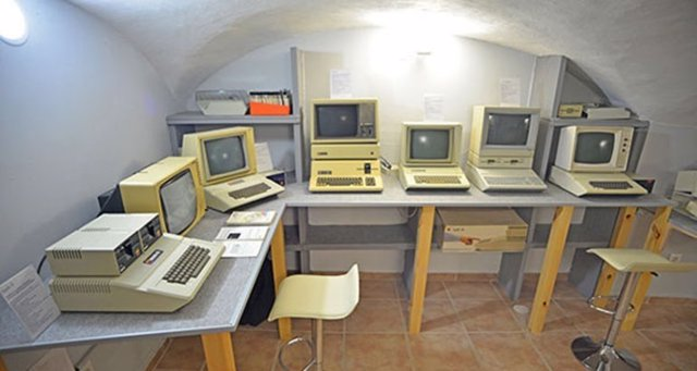 I Museo Apple en Cáceres