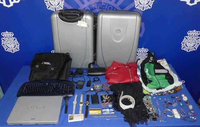 Parte del material robado por una detenida Salamanca