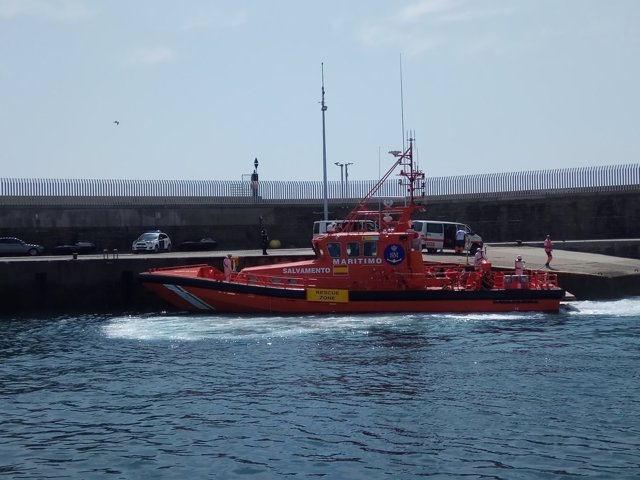 Salvamento Marítimo actúa en la costa de Cádiz